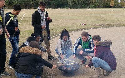 Mentoring2gether: Schnitzeljagd und Grillen in der Rheinaue